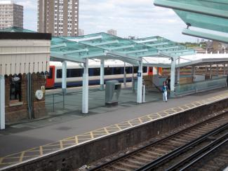 CLAPHAM JUNCTION STATION - NEW PLATFORM CANOPIES